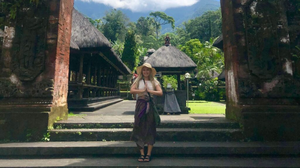 Phi Dang in front of the Batu Karu Temple in Bali